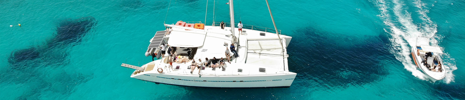 Meetio-teamet på en båt i Medelhavet