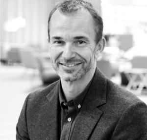 Henrik Axell, Kinnarps