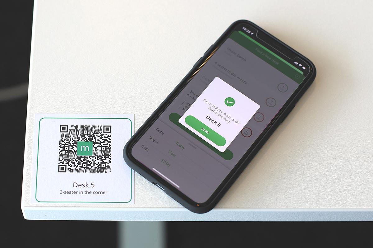 Meetio Desk med QR-kod