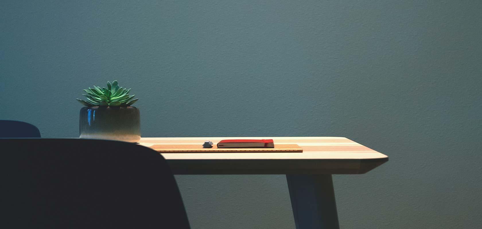 best hot desk booking software